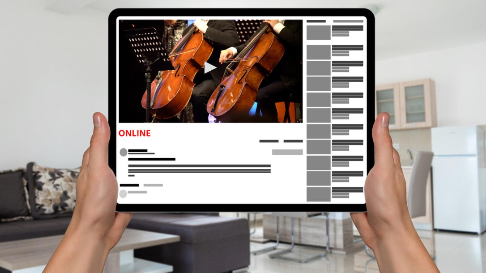 ◆テレワーク演奏(リモート演奏)の方法をシェアするよ!動画編集ソフトを使ったやり方も紹介【合奏・合唱もスマホでいける】